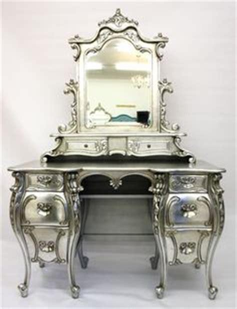 Suggest_STEAMPUNK_VANITY 2