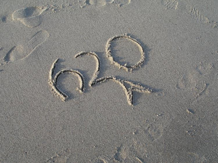 H20 in the sand (2)