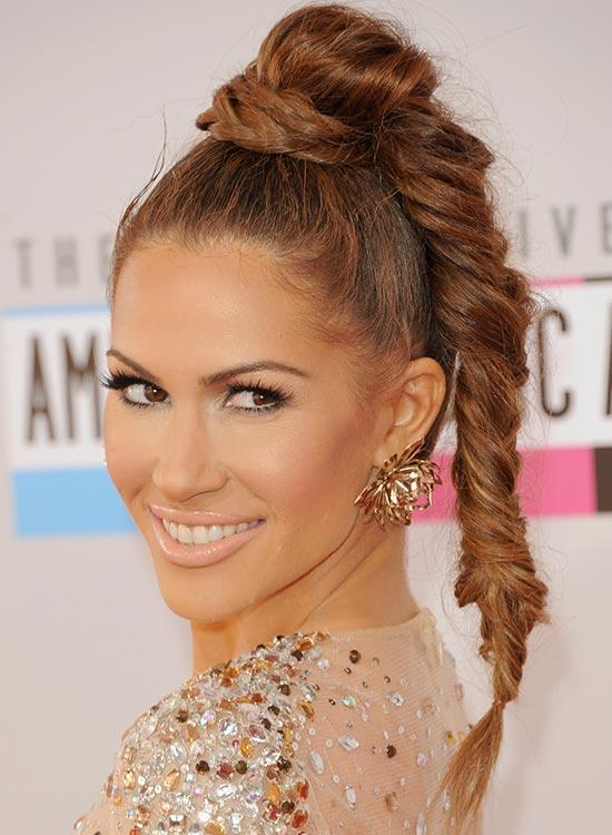 Braided-hairstyles-suitable-for-prom-night-High-tight-with-messy-fishtail-braid