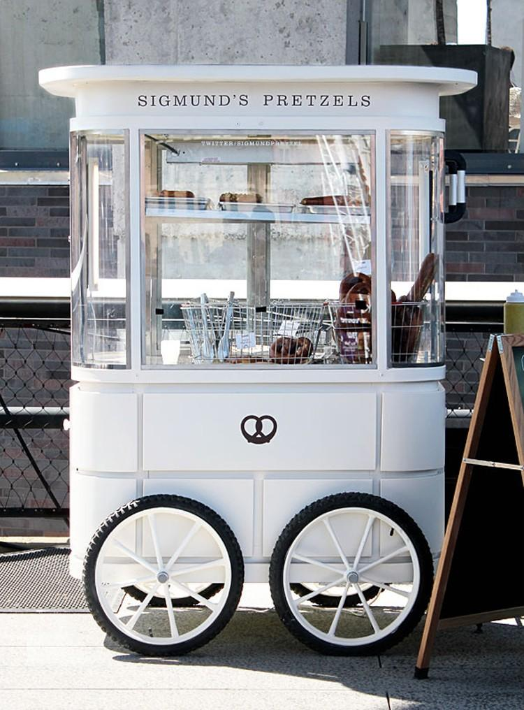 sigmunds-pretzels-cart-dpages-blog