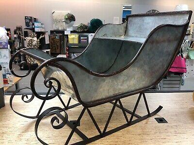 Christmas-Santas-Metal-Galvanized-Sleigh-Silver-Mantel-Table