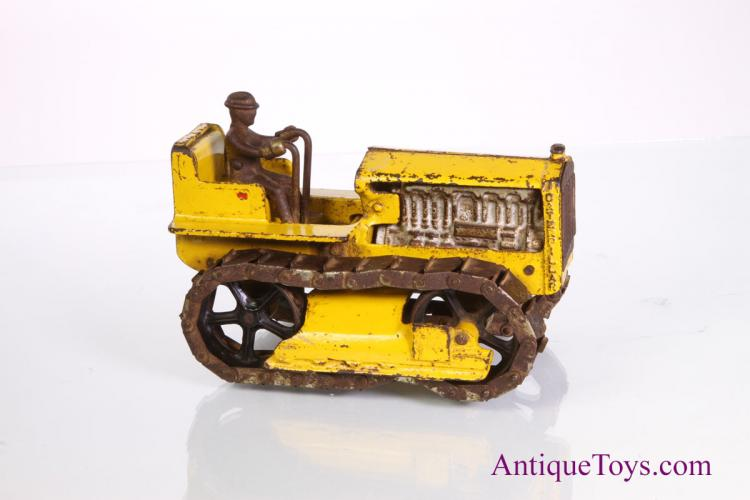 Arcade-caterpillar-tractor04