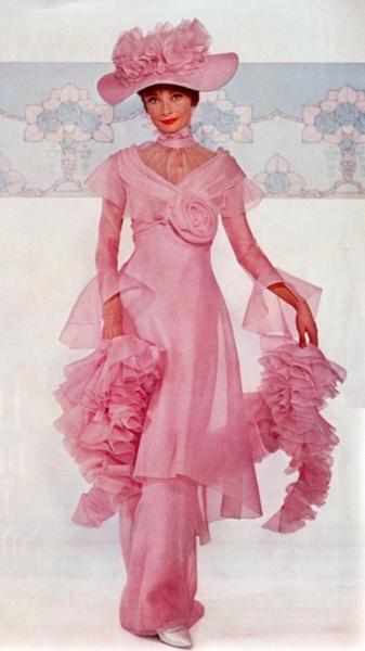 Audrey-as-Eliza-Doolittle-audrey-hepburn-30467883-337-600