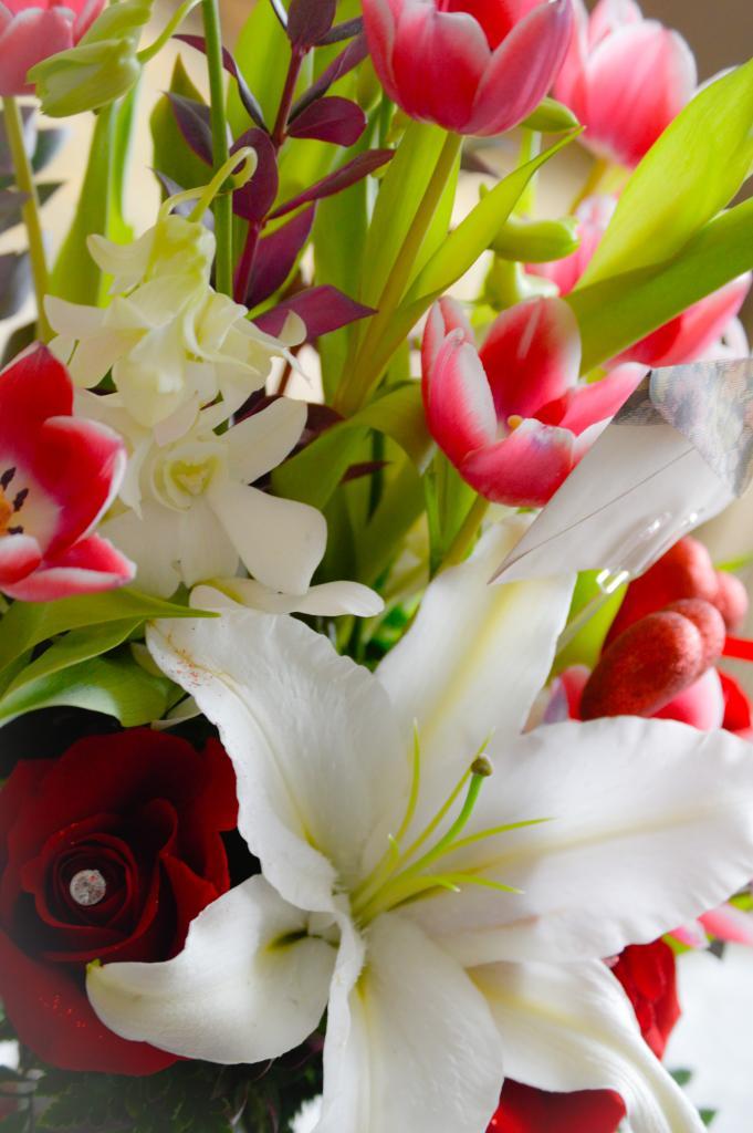 VALENTINE's flowers1
