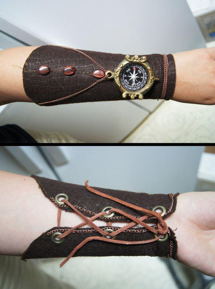 Suggest_STEAMPUNK_gloves with compass