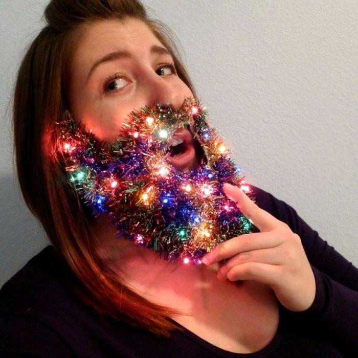 joke-funny-photo-Christmas-lights-beard